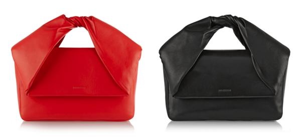 J.W.Anderson是英国新锐设计师设计师Jonathan William Anderson在2008年创立的时尚品牌(官网在此),产品包括男装、女装和配饰,设计方面注重布料的拼接和重组,扭转和反传统的款式数年如一日地在J.W.Anderson的设计中重现,他最近推出的两件同款异色的手包就是其设计理念的再次印证。  这两款手包采用纹路细致手感柔软的小羊皮材质打造,包含红与黑两种颜色。包身为不太明显的倒梯形,配合无明扣翻盖设计十分简洁,手柄部分采用折叠扭转式的设计,呈现出类似蝴蝶结和折纸手工的图案。包身